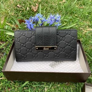 WNT Authentic Gucci Guccissima Leather Wallet